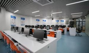 广州学电商哪个学校最出名