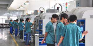 广州白云工商高级技工学校机电系学生工作服