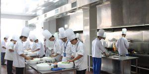 广州白云工商高级技工学校旅游与酒店管理系学生工作服