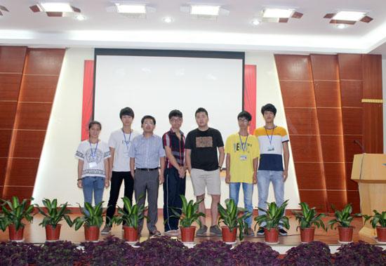 广州白云工商技师学院计算机系成功学子陈冠杰回母校讲学