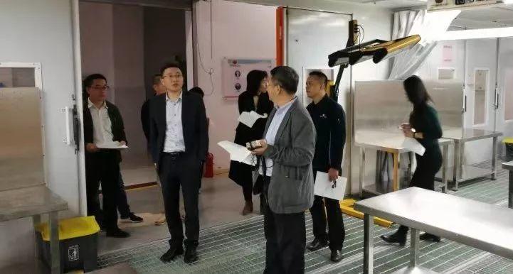 乘宝马快车,奔锦绣前程——我校与宝马合作跃上新台阶