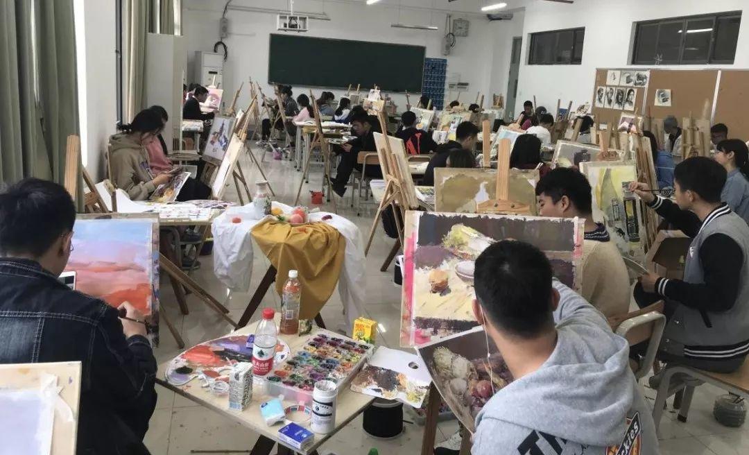 你肯定想不到,这个专业的学生居然这么会画画!