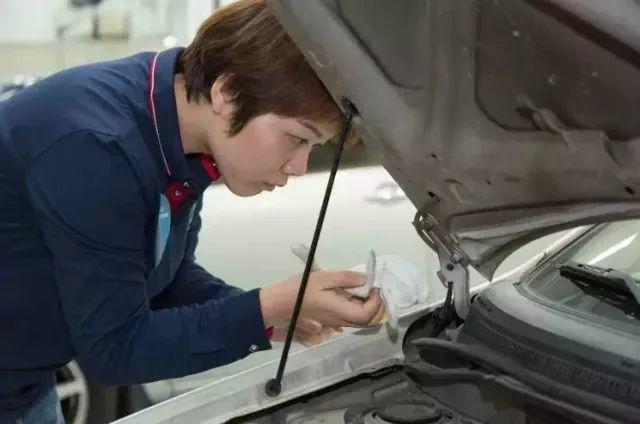 超自豪!二手车评估鉴定师,她是深圳市第一名!