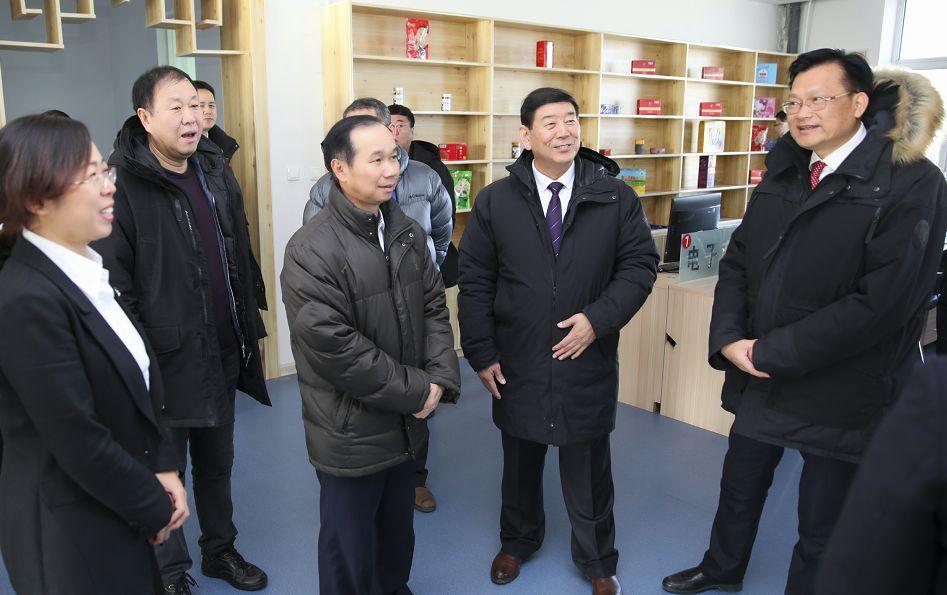 新时代新征程新使命 开启校际合作新模式——广东省机械技师学院与黑龙江技师学院在鸡西市隆重举行对口合作签约仪式